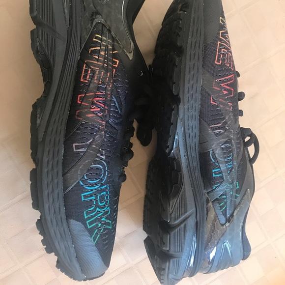 Asics Running Shoes Men Gel Kayano 25